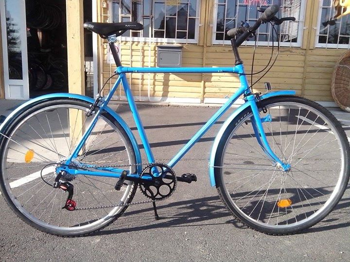 968df1362d8b Javi kerékpárbolt